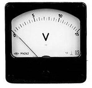 voltmetr M4262