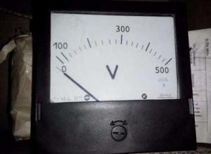 voltmetr E365-1